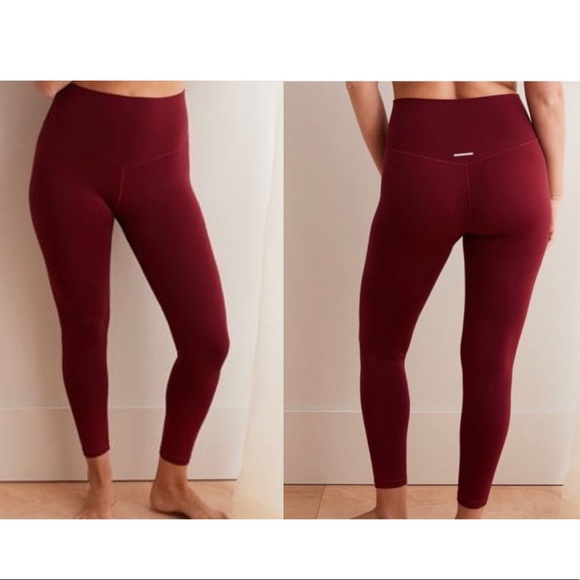 AERIE Play Red High Waisted 7/8 Ankle Leggings